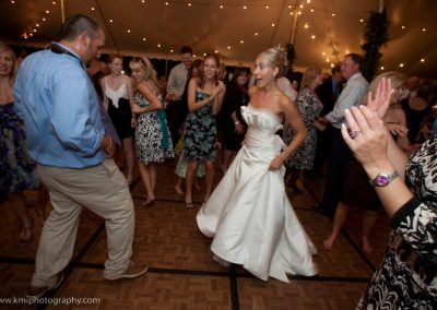 Bride getting down